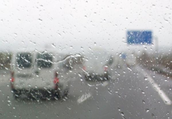 43376_pioggia-in-tangenziale